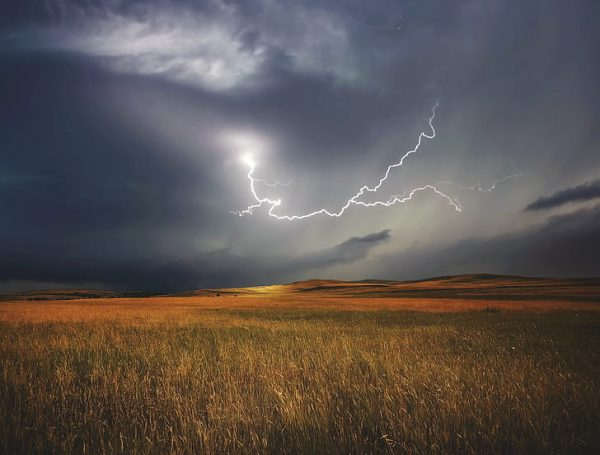 Summer Storms Can Cause Weather Damage. When You Need Roof Replacement, Call Professional Installers Solar Sam in Missouri and Illinois.