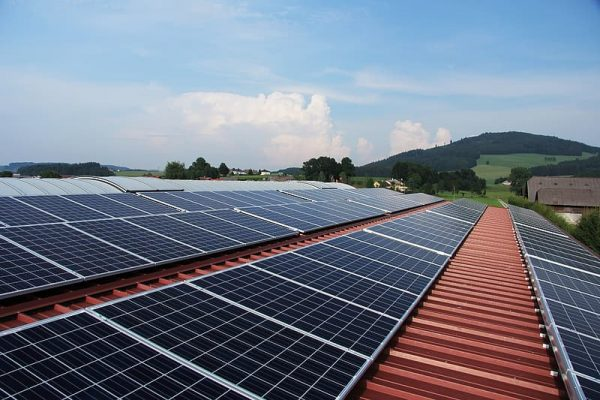Can I Put Solar Panels on a Metal Roof You Can with Professional Solar Installer Solar Sam